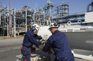 natural gas refinery w workers